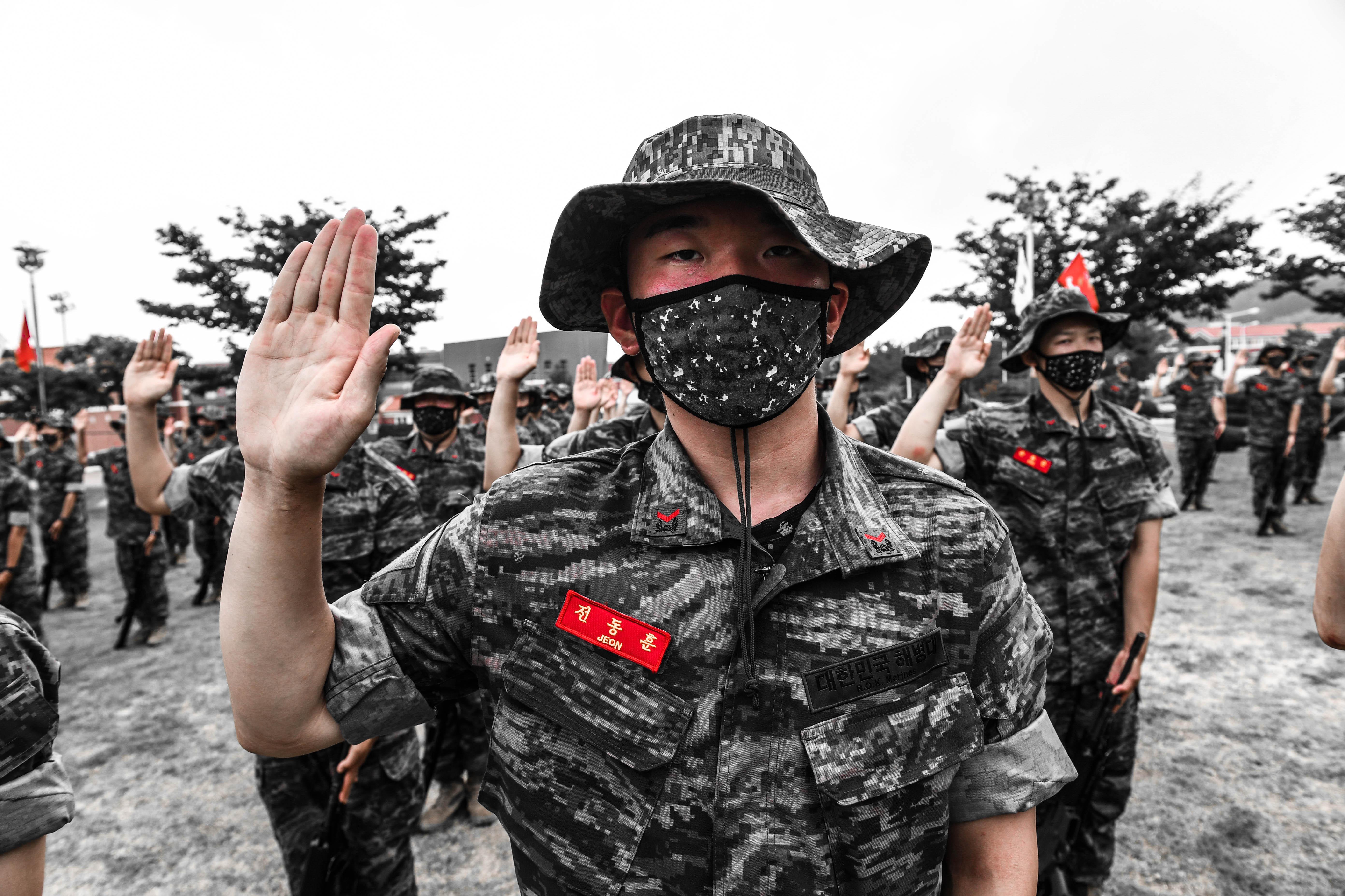 해병대 부사관후보생 390기 빨간명찰수여식 9.jpg