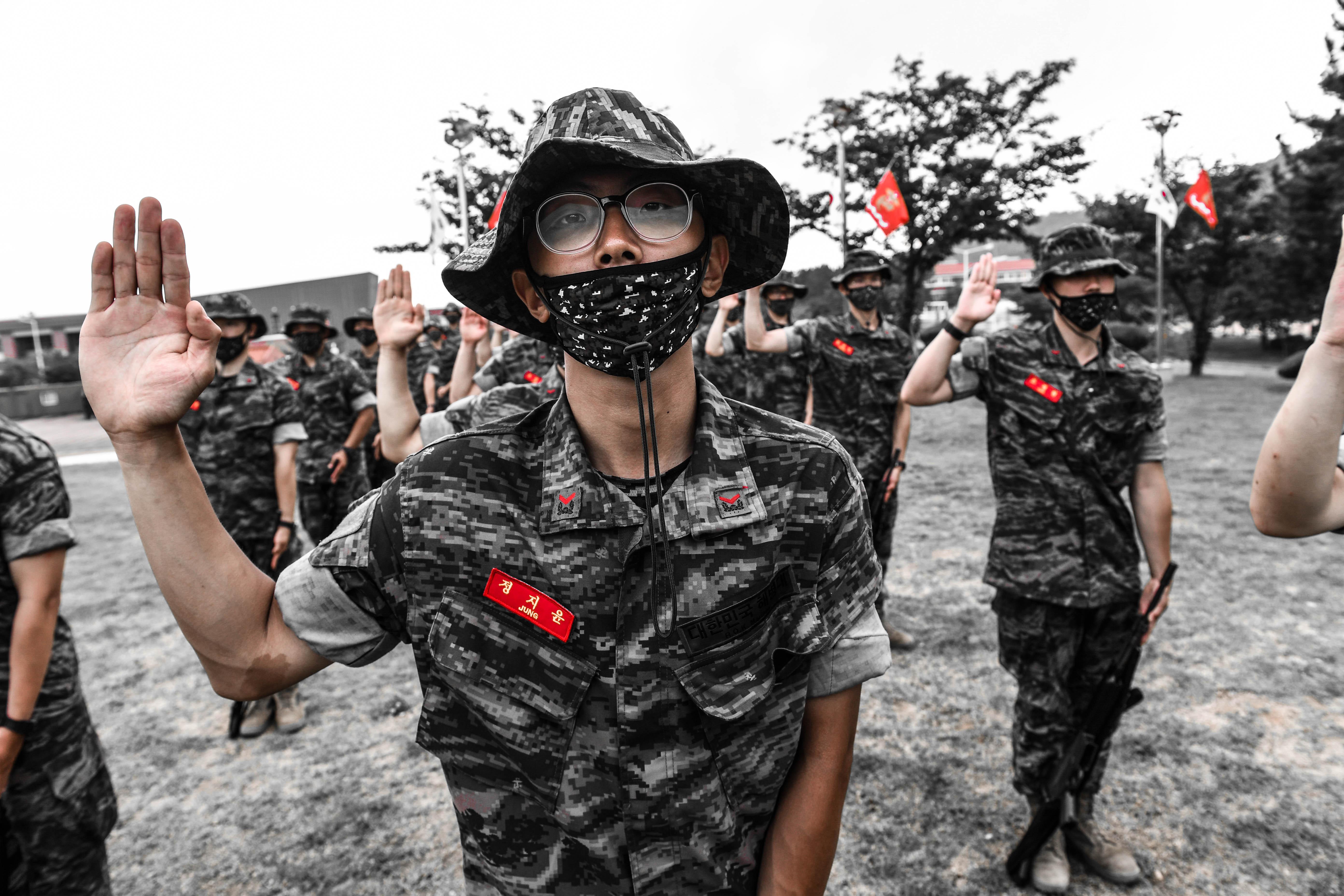 해병대 부사관후보생 390기 빨간명찰수여식 13.jpg