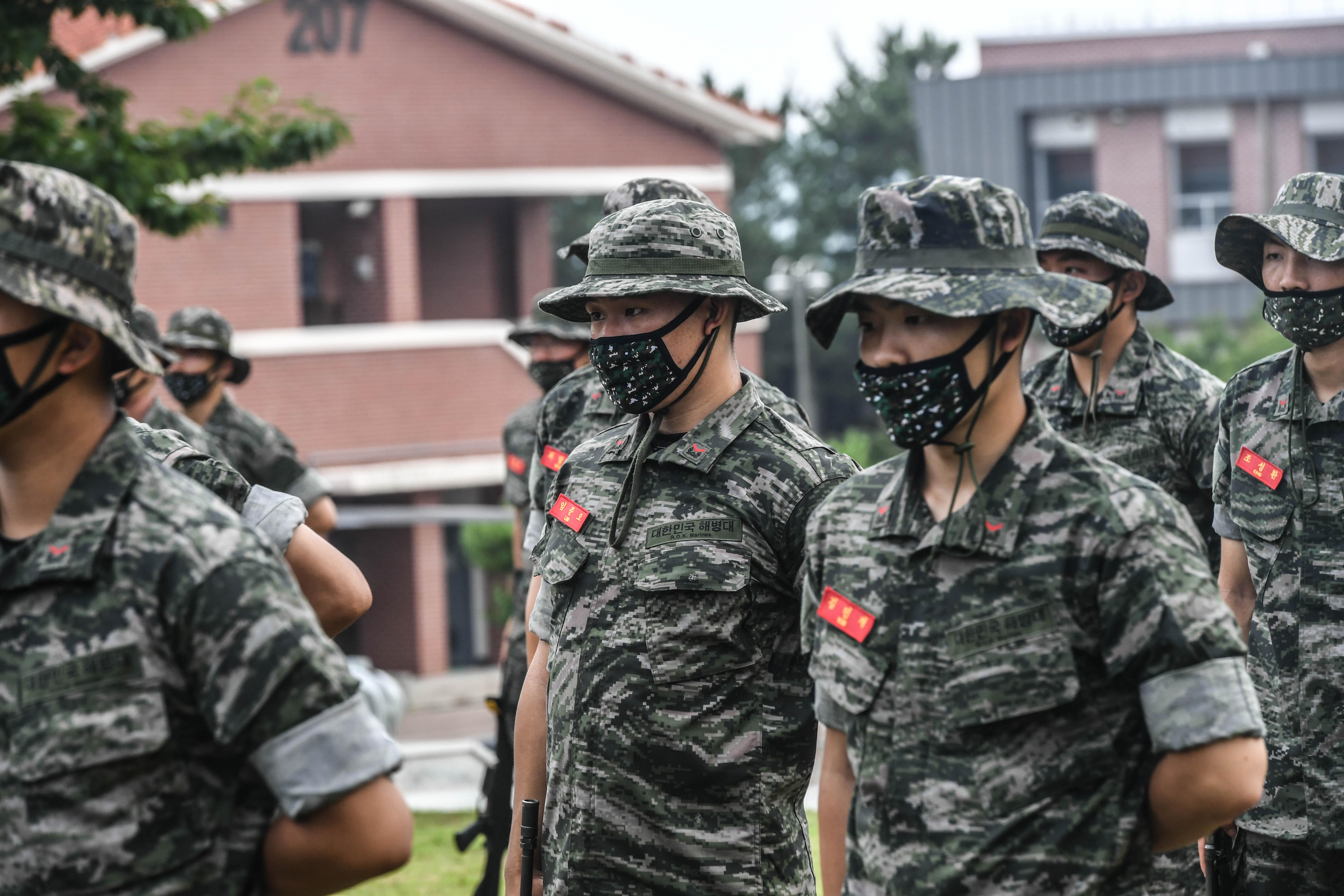 해병대 부사관후보생 390기 빨간명찰수여식 25.jpg
