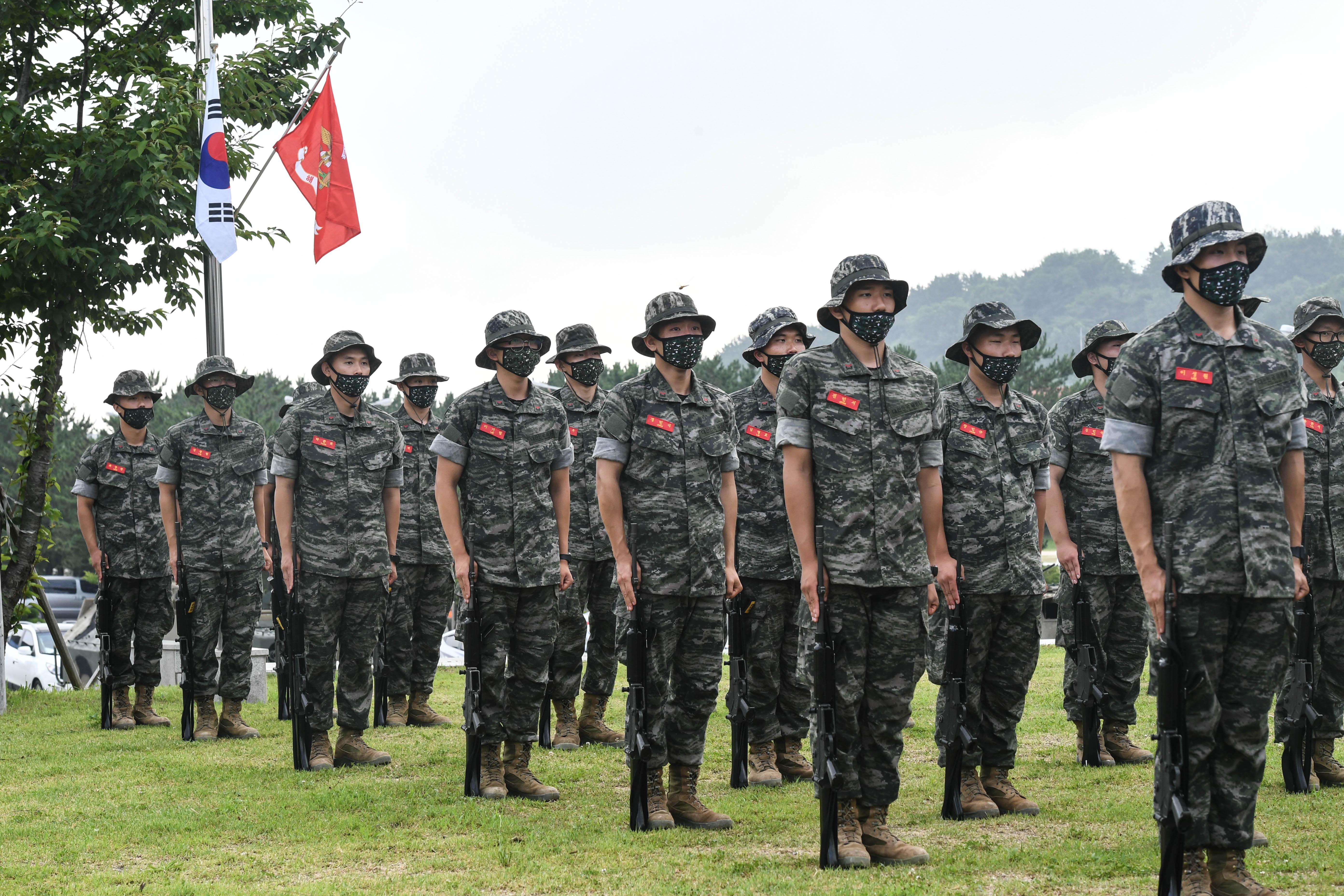해병대 부사관후보생 390기 빨간명찰수여식 15.jpg