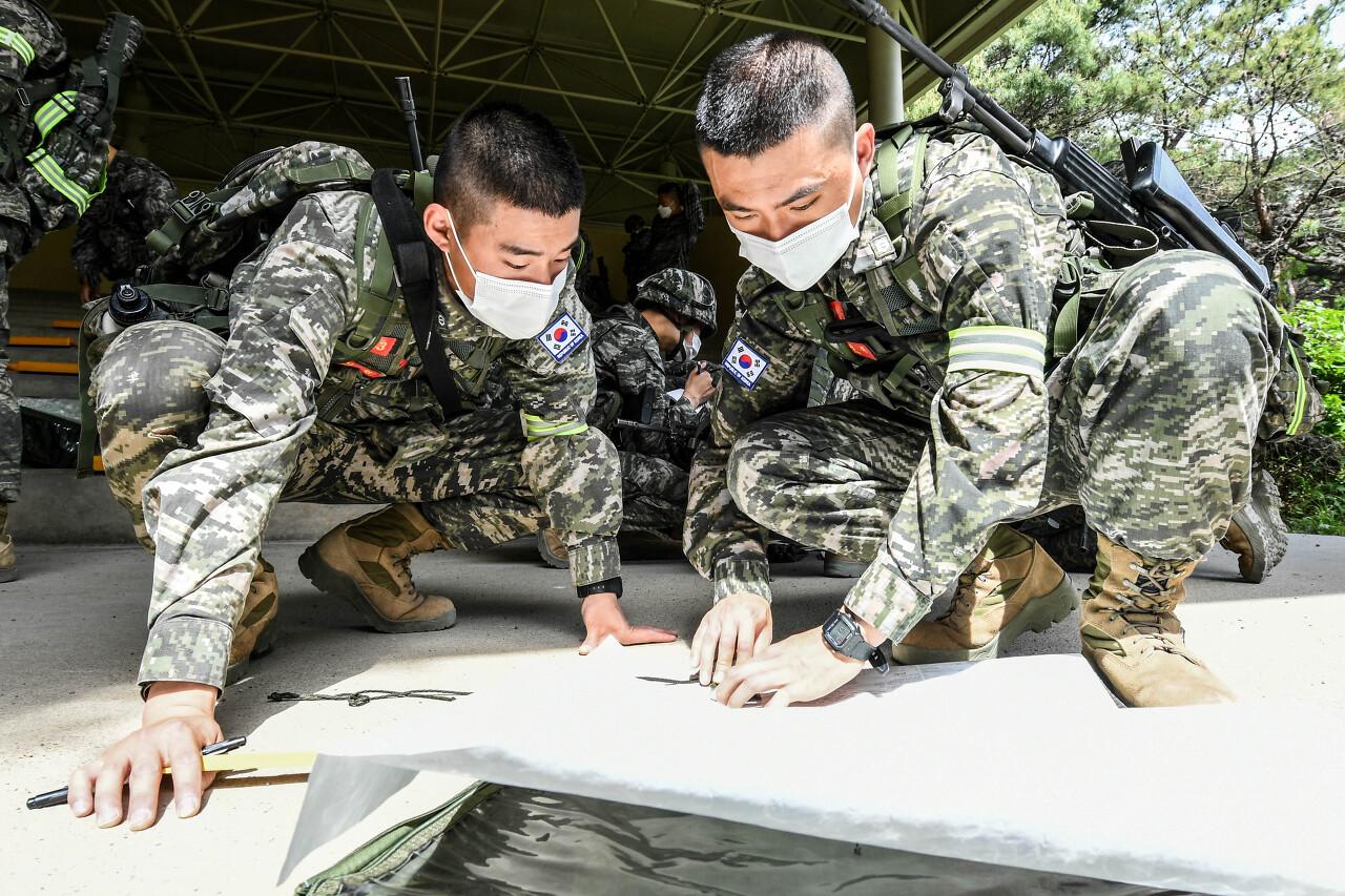 해병대 사관후보생 130기 독도법훈련 9.jpg
