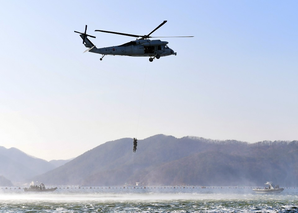 해군 심해잠수사 SSU 혹한기훈련 2.jpg