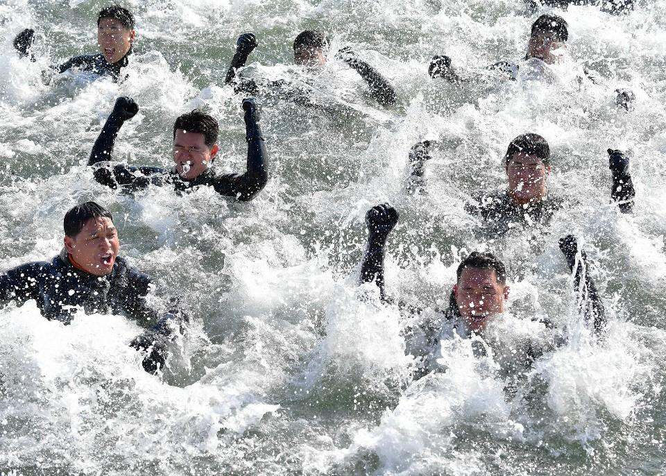 해군 심해잠수사 SSU 혹한기훈련 4.jpg