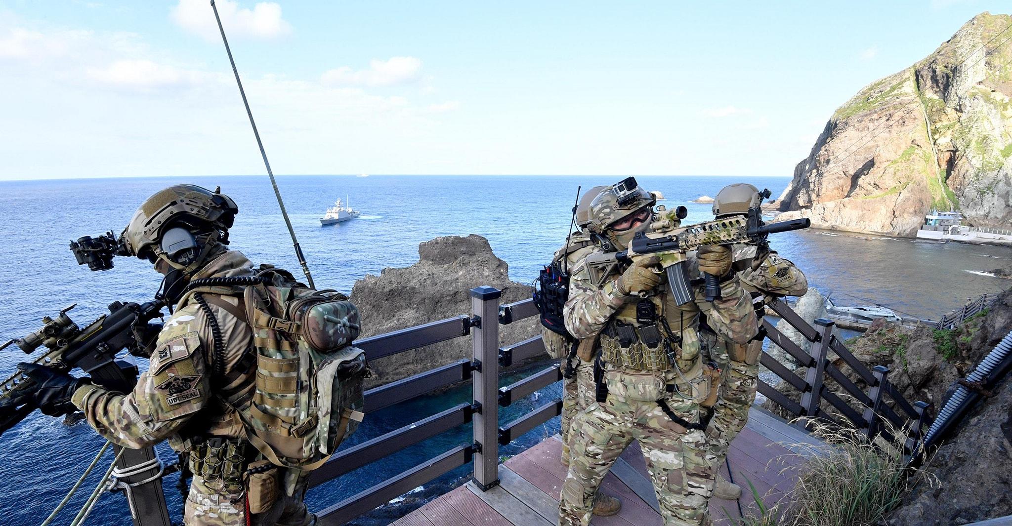 동해영토수호훈련 6.jpg